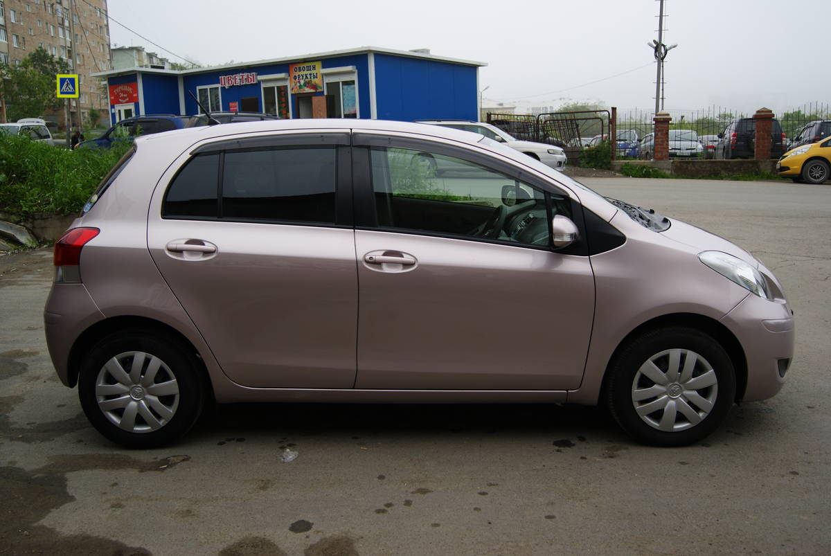 2010 Toyota Vitz Wallpapers 1 0l Gasoline Ff Cvt For Sale