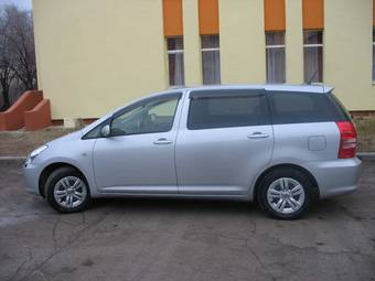 2004 toyota wish photos 1 8 gasoline ff automatic for sale. Black Bedroom Furniture Sets. Home Design Ideas