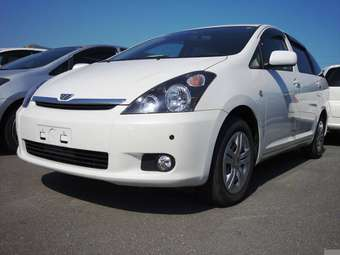 2005 toyota wish for sale 1 8 gasoline ff automatic. Black Bedroom Furniture Sets. Home Design Ideas