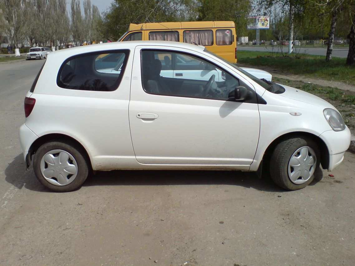 toyota yaris pictures  gasoline ff manual  sale