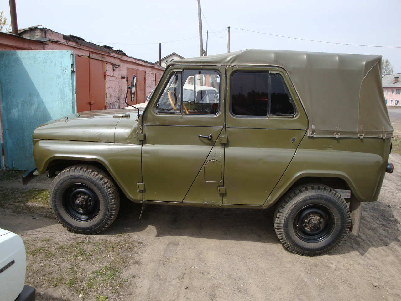 used 1973 uaz 469 photos 1500cc gasoline manual for sale. Black Bedroom Furniture Sets. Home Design Ideas