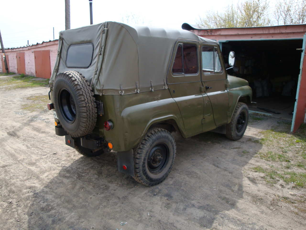 1973 uaz 469 pictures gasoline manual for sale. Black Bedroom Furniture Sets. Home Design Ideas