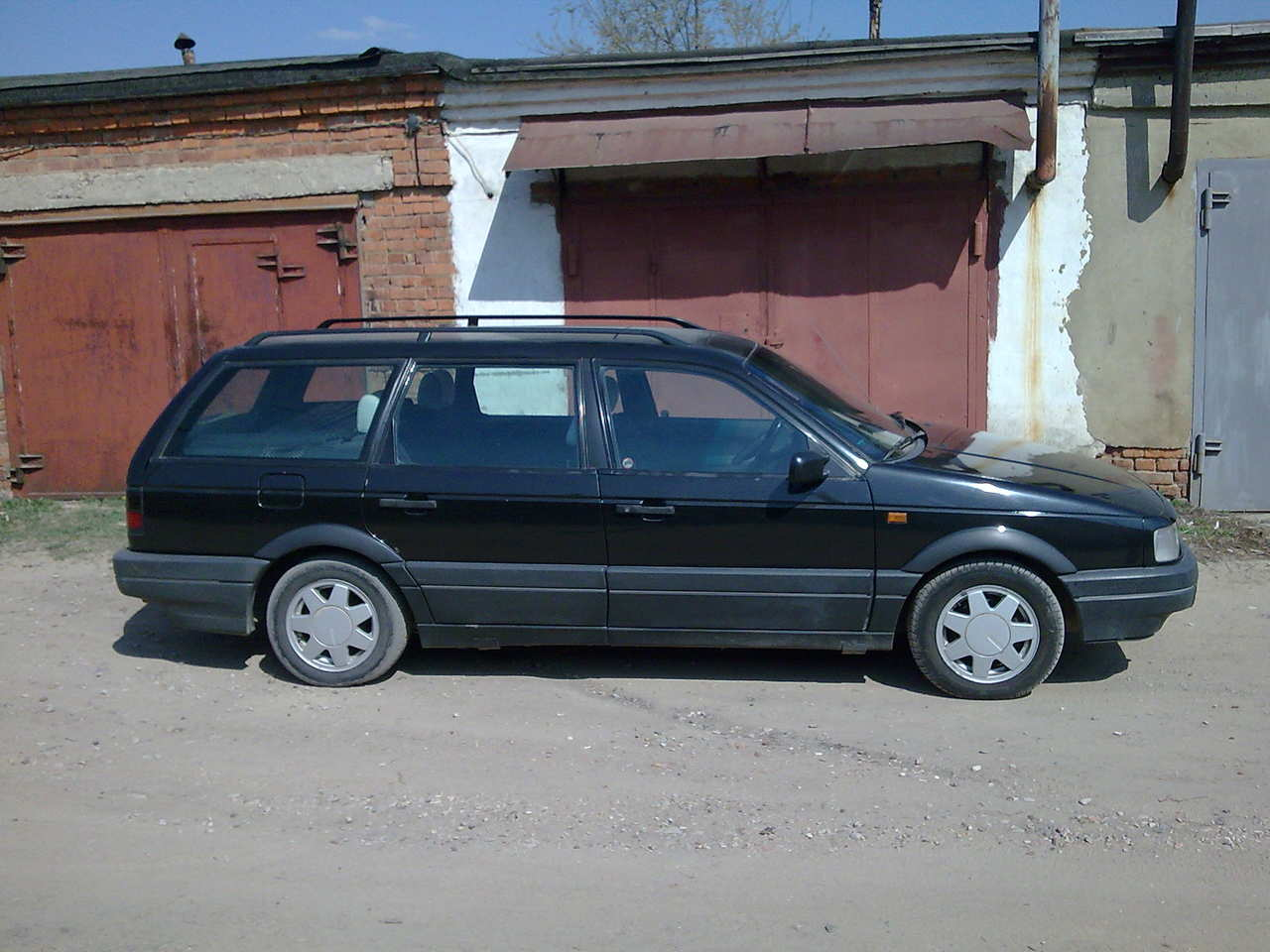 used 1992 volkswagen passat photos 1984cc gasoline ff manual for sale. Black Bedroom Furniture Sets. Home Design Ideas