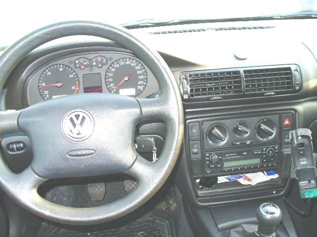 2000 volkswagen passat review