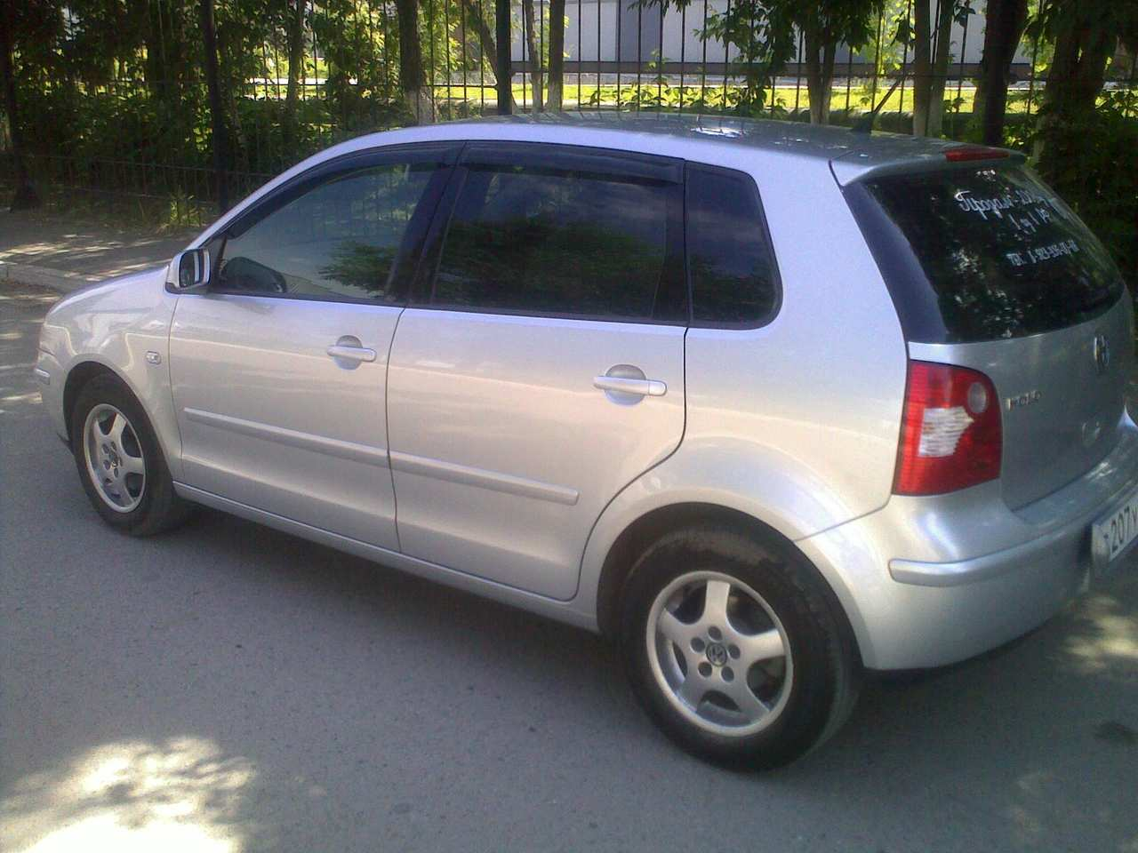 used 2001 volkswagen polo photos 1400cc gasoline ff automatic for sale. Black Bedroom Furniture Sets. Home Design Ideas