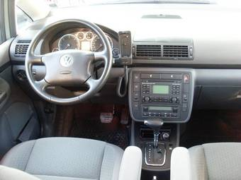 2005 Volkswagen Sharan Pictures