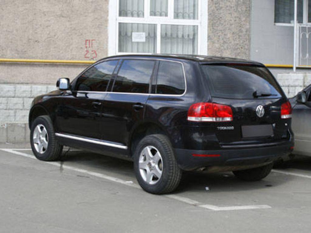 2005 Volkswagen Touareg Photos