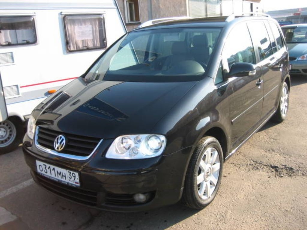 2004 volkswagen touran pictures. Black Bedroom Furniture Sets. Home Design Ideas