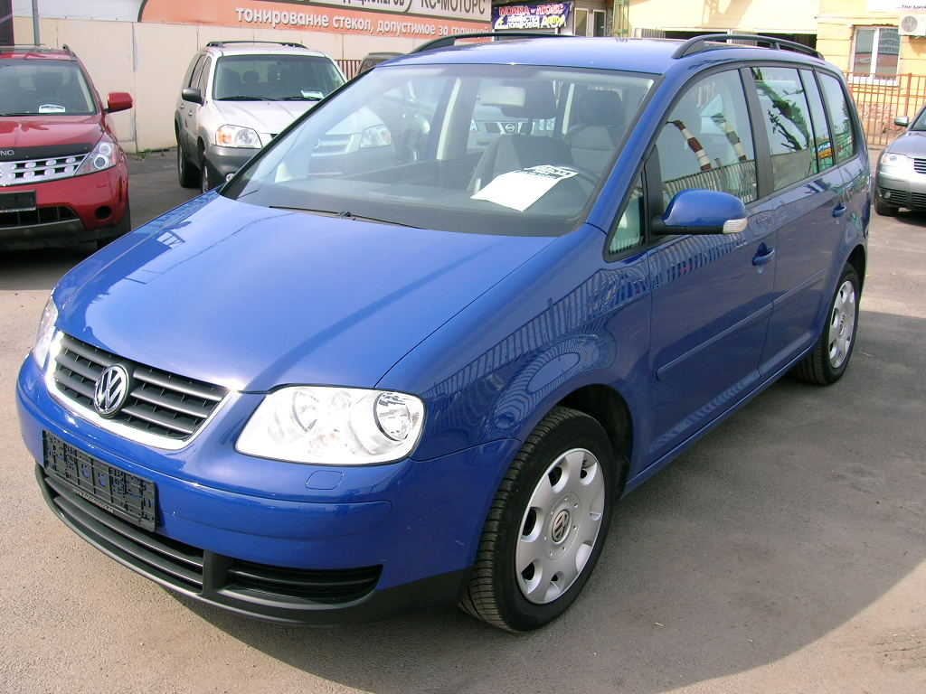 2004 volkswagen touran photos 1896cc diesel ff automatic for sale. Black Bedroom Furniture Sets. Home Design Ideas