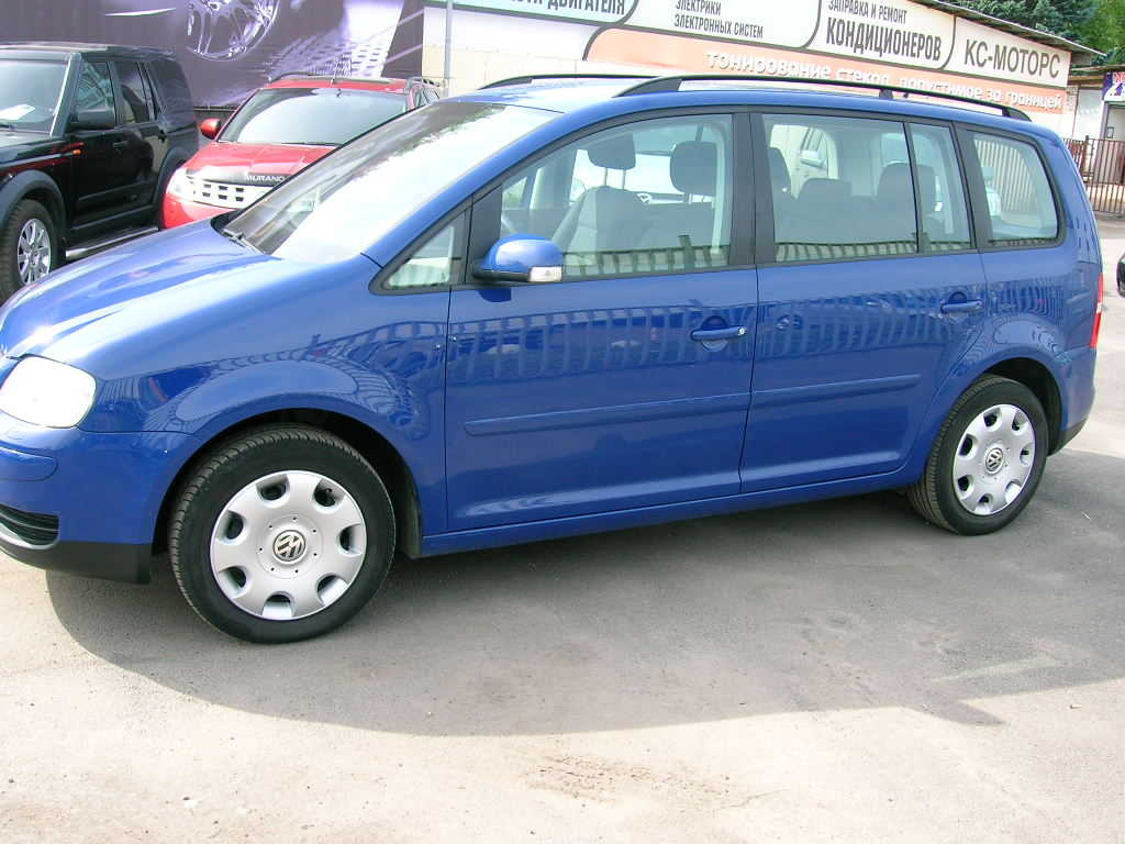 used 2004 volkswagen touran photos 1 9 diesel ff automatic for sale. Black Bedroom Furniture Sets. Home Design Ideas