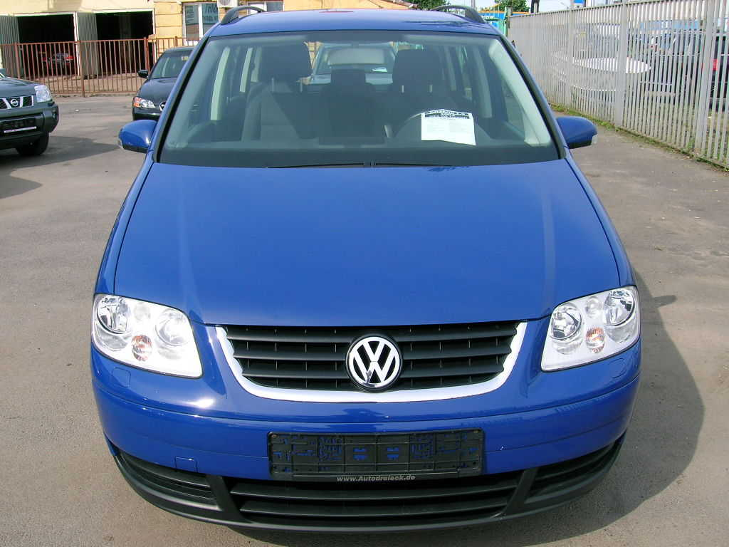 2004 volkswagen touran photos 1 9 diesel ff automatic for sale. Black Bedroom Furniture Sets. Home Design Ideas