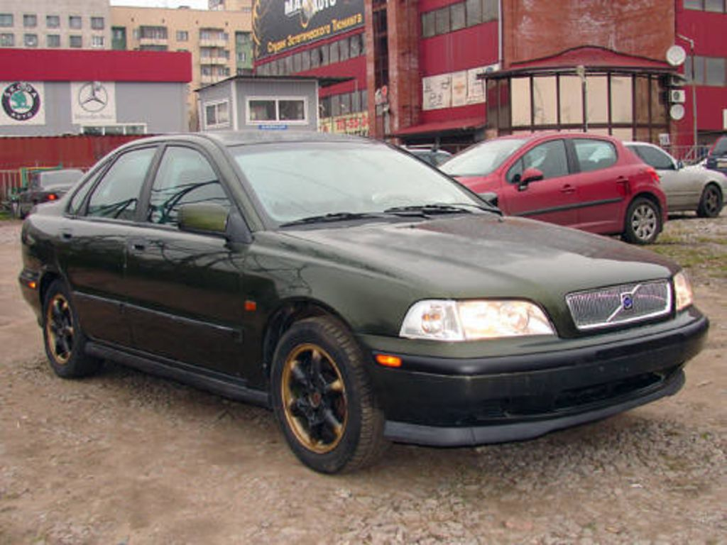 1997 Volvo S40 Wallpapers