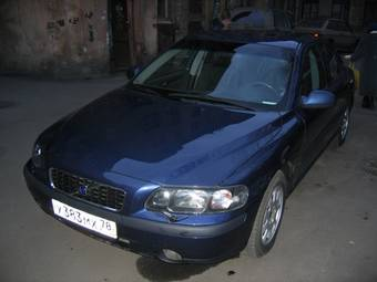 2002 Volvo S60 Photos