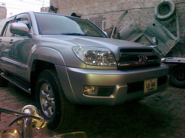 4x4 not working automatically / 2003 Toyota Hilux SURF